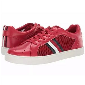 NWT Tommy Hilfiger Montreal Shoe